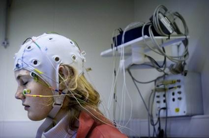 Pijnstiller in toekomst wellicht overbodig. Magneetmuts moet hersenen beinvloeden