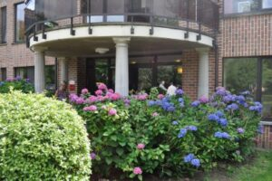 Zomermarkt 't Smeedeshof in Oud Turnhout België @ Zorghuis 't Smeedeshof